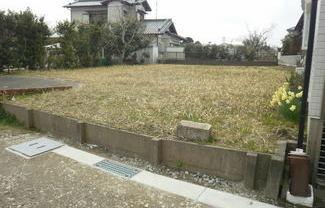 茂原市本小轡 76.6坪 東郷小学校1.05km。